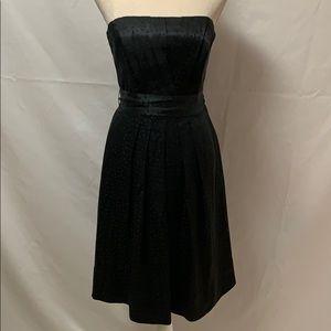 WHBM 💯 silk fully lined strapless dress